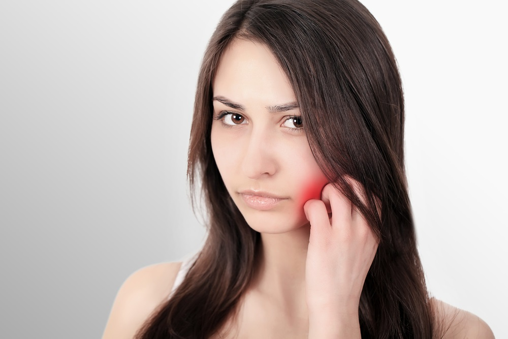 Toothache Symptoms & Causes | Sore Throat & Ear Pain Relief